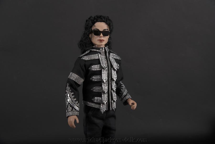 Michael Jackson doll Clinton jacket close up