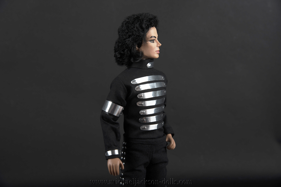 Michael Jackson doll LAgear commercial close up
