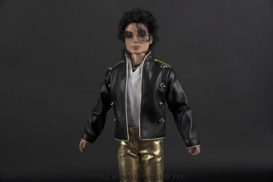 Michael Jackson doll Munich concert close up