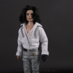 Michael Jackson doll BET awards 2003 close up