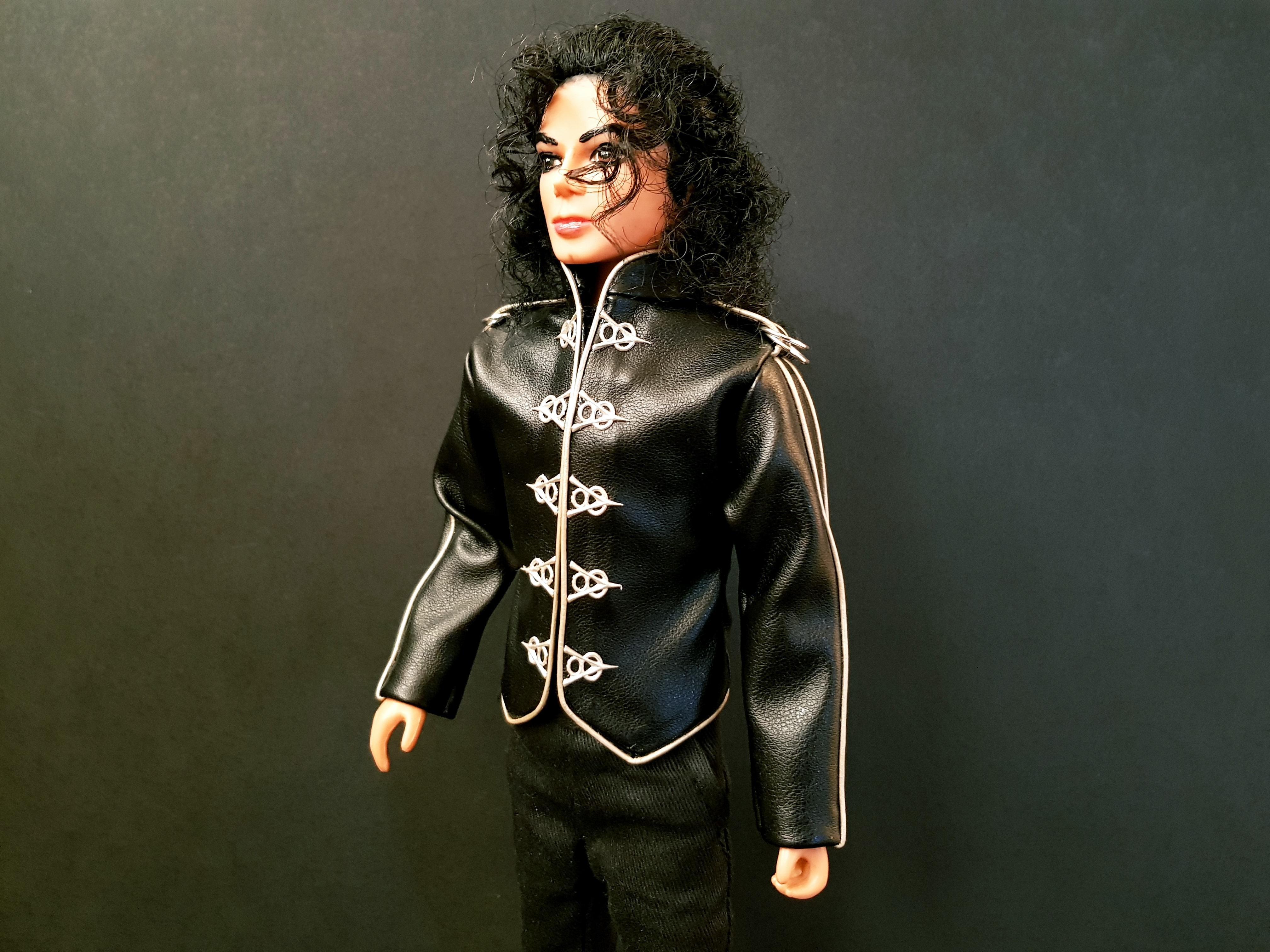 Michael Jackson doll V8 jacket close up